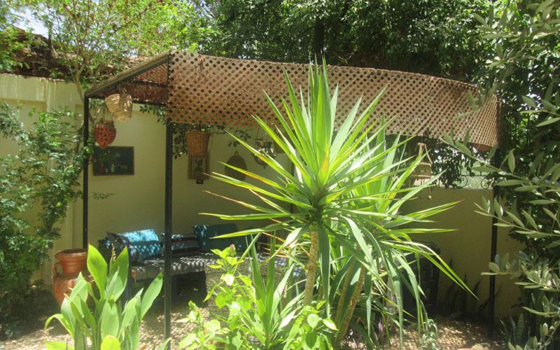WB026R Bahri Villa ground floor 2 bedroom garden apt Tod