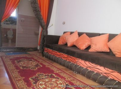 WB1705R Small 1 bedroom apartment in Ramla Luxor with private roof terrace