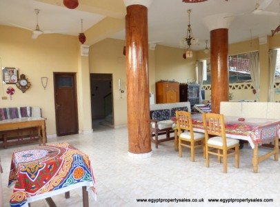 WB0919R Ground floor apartment with shared garden in Ramla West Bank
