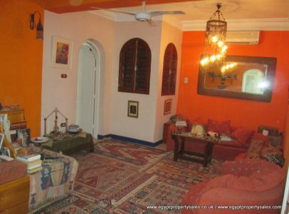 EB536S 110,000 Euro for 1st & 2nd floors of an apartment building directly on the Nile in Awamia Luxor