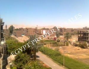 EB0041Rtwo-bedroom apartment in Movenpick road East Bank in luxor
