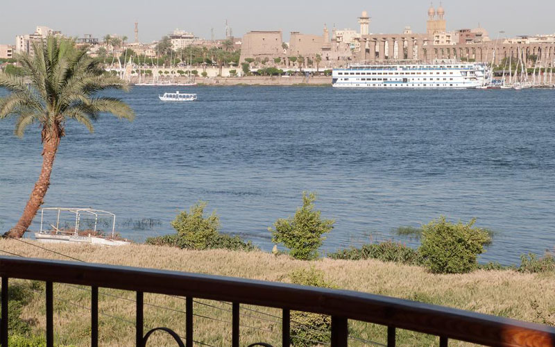 WB1931R Luxor Plaza House 1 bedroom flats featuring Nile views