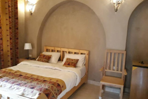 WB1855R Hotel in Egypt, Luxor with a mix of middle ages and Nubian design