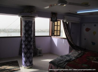 EB1812R 2 bedroom flat Nile front in Cornish area for rent in Luxor city