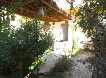 WB04R Ground floor 2 bedroom apartment with private garden in Luxor Egypt