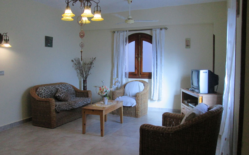 WB1851R Beautful two bedroom apartment for rent in Luxor