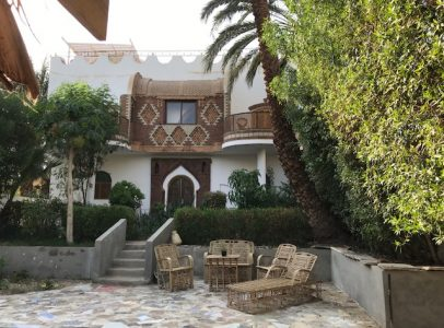 WB2222S Fabulous Villa with amazing garden and pool in Tod Luxor