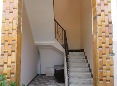 WB55R Cozy second floor apartment for rent in Ramla Luxor
