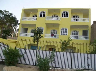 WB1923S Large property suitable as guest house for sale in Luxor West Bank