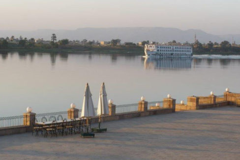 EE1707R The hotel has apartments for rent on the East Bank of Luxor