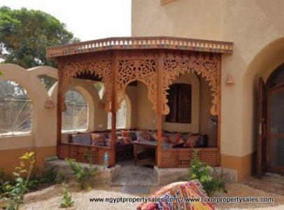 WB1916S Attractive Nubian design arabesque style villa for sale & booking in Luxor