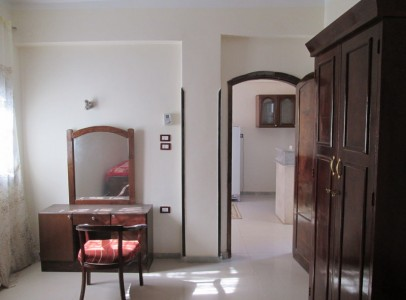 WB0058R A choice of either a 2nd or 3rd floor compact one bedroom apartment in Ramla