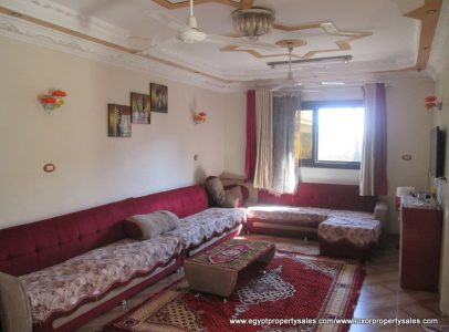 WB2004S Three bedroom villa for sale next to Luxor bridge