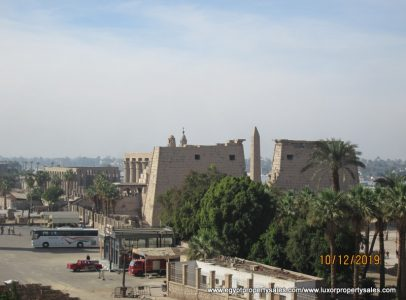 EB1952R Fabulous unfurnished four bedroom apartment in front of Luxor temple