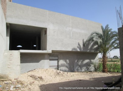 WB2012S Opportunity to purchase unfinished 2 storey shop premises in Old Qurna