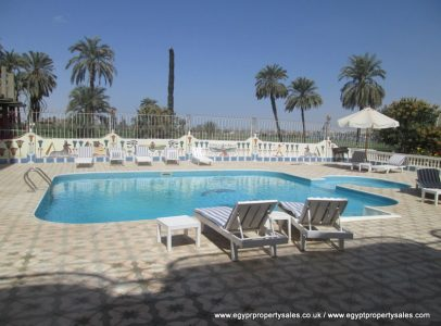 WB493S Two bedroom apt with shared pool 45,000 sterling Luxor