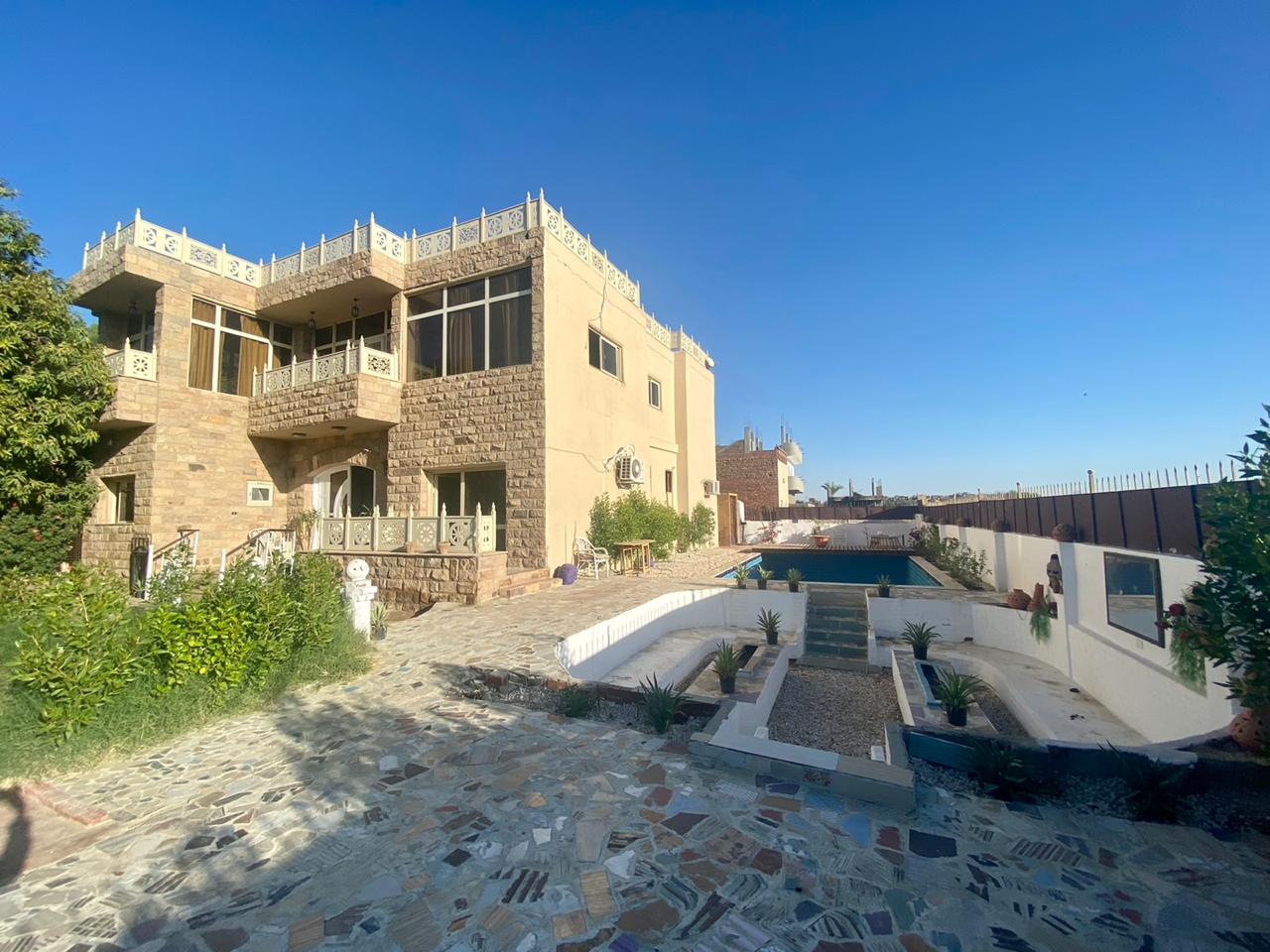 WB07S Reduced Luxury 4 bedrooms modern villa in Habu West Bank Luxor