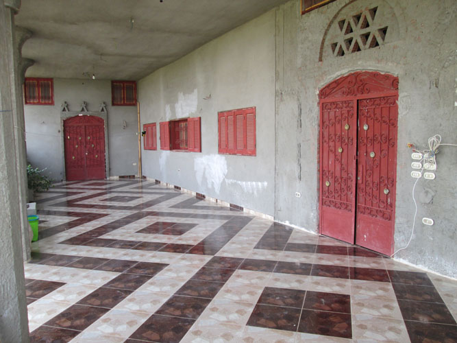 WB1850S Fantastic villa for sale in Egypt, Luxor with a large area outside