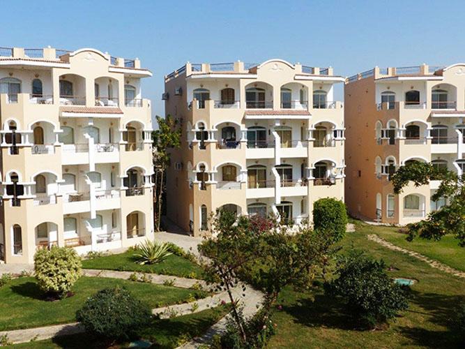 Luxor-2-bed-apartment-complex