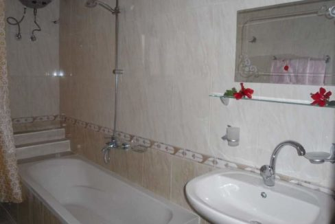 WB2128R 3 floor 2 bedroom apartment For rent with private spacious terrace in Djorf