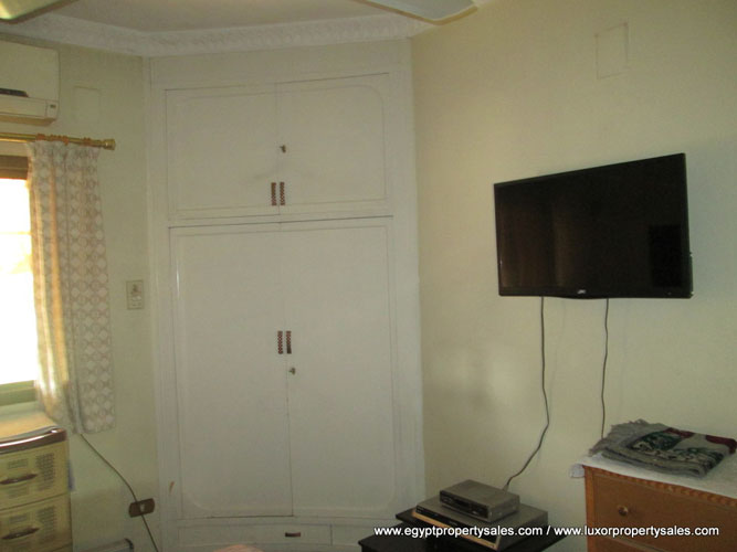 EB1920S Property for sale with two bedrooms next to Luxor Museum