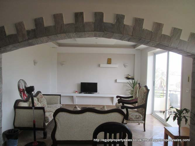 WB3212R Luxury third floor 3 bedroom apartment Nile view Ramla for rent in Luxor