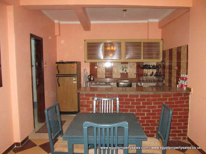 WB479R First floor 2 bedroom apartment for rent in Gezira Luxor