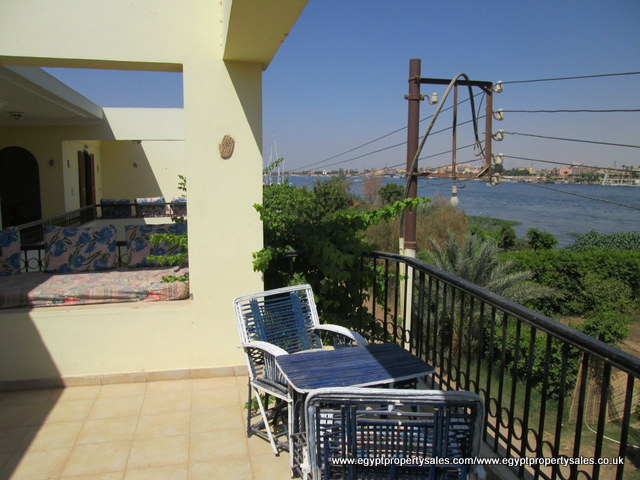 WB495R villa front the Nile For Rent in Ramla